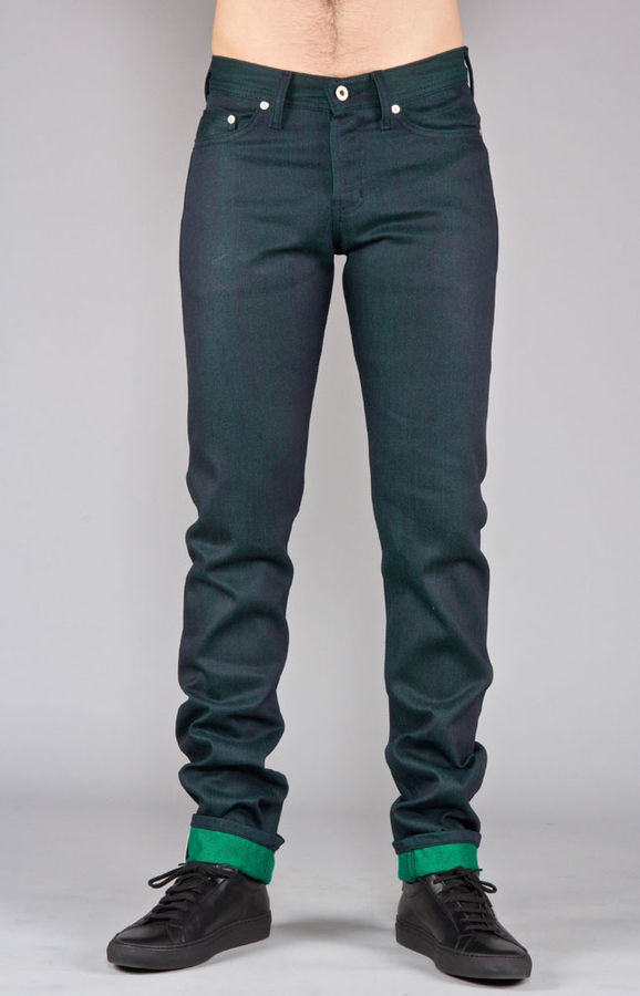 Naked & Famous Weird Guy Green Weft Selvedge Front Fit