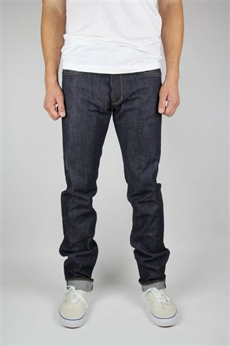 Railcar Fine Goods Spikes X015 Straight Slim Front Fit